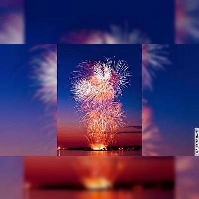 Feuerzauber ab Märkisches Ufer mit Buffet & Sektempfang
