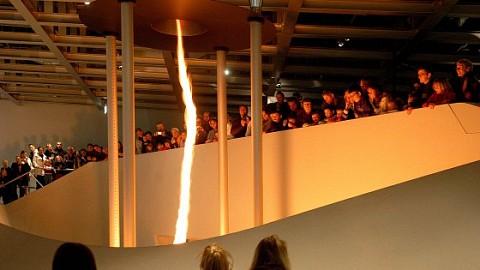 phaeno Wolfsburg – Ihre Eintrittskarte in die Welt von über 350 Phänomene zum Staunen und Ausprobieren!