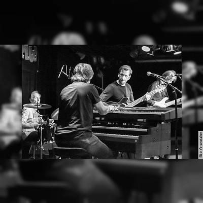 B3 (Feat. Ron Spielman) - Souveräner Trip durch Soul-Rock und Rock-Jazz