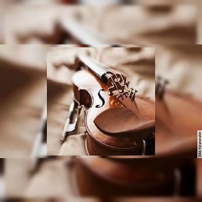 """""""Weihnachtskonzert"""" - W. A. Mozart; F. Kreisler - Galina Lanskaia Violine, Jinho Park Klavier"""
